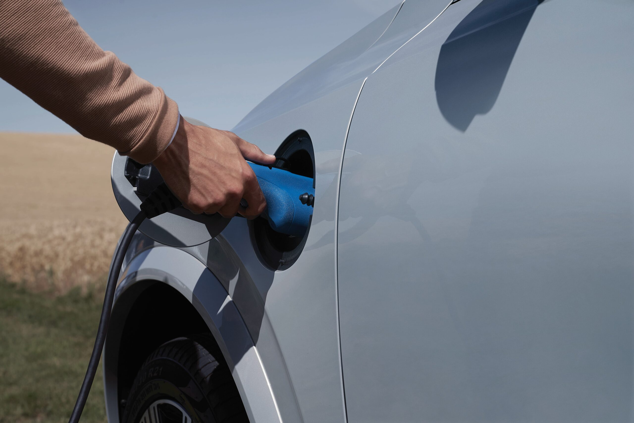 Charging your electric vehicle at home, what do you need to know?