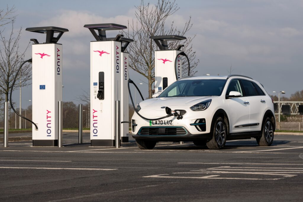 Kia launches extensive UK public charging point access for their EV drivers