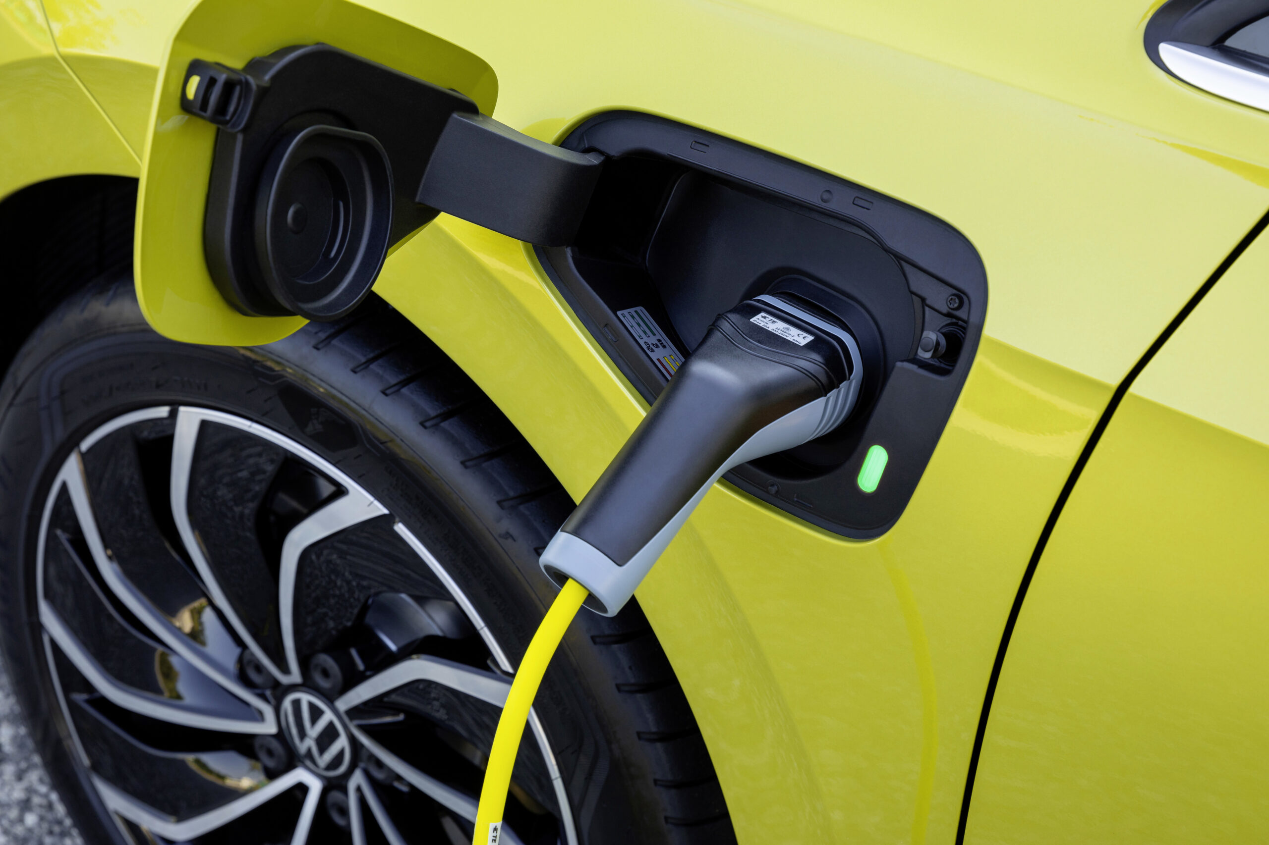 Volkswagen e-Golf 35kWh, Anthony - Living with an EV: Home charging