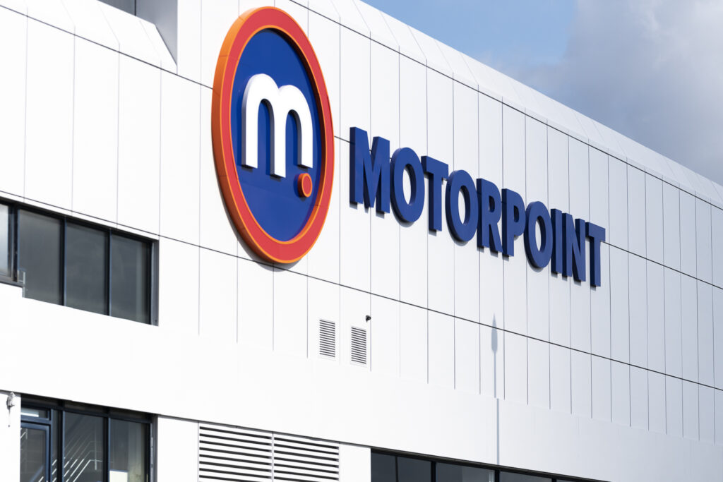 Family pet among top 10 items accidentally left behind by customers part-exchanging cars at Motorpoint!