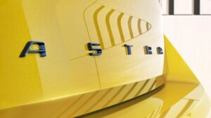 Vauxhall gives first glimpse of all-new electric Astra