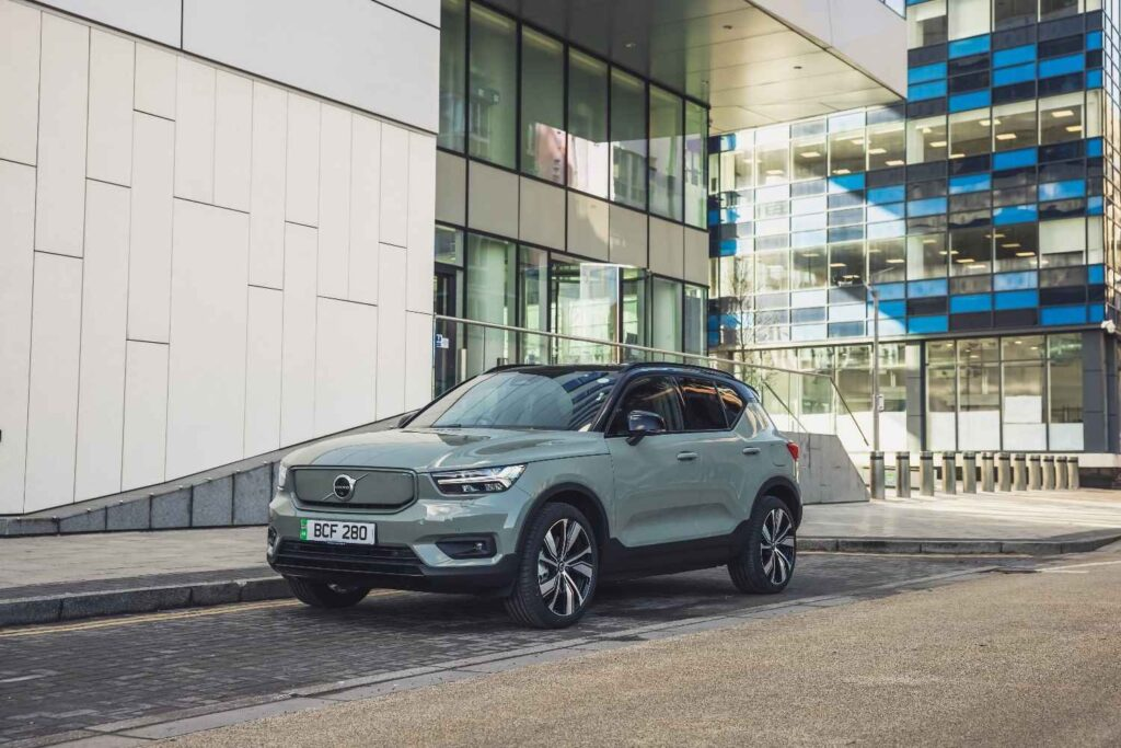 Volvo starts online sales and subscriptions for extended XC40 Recharge from £619 a month