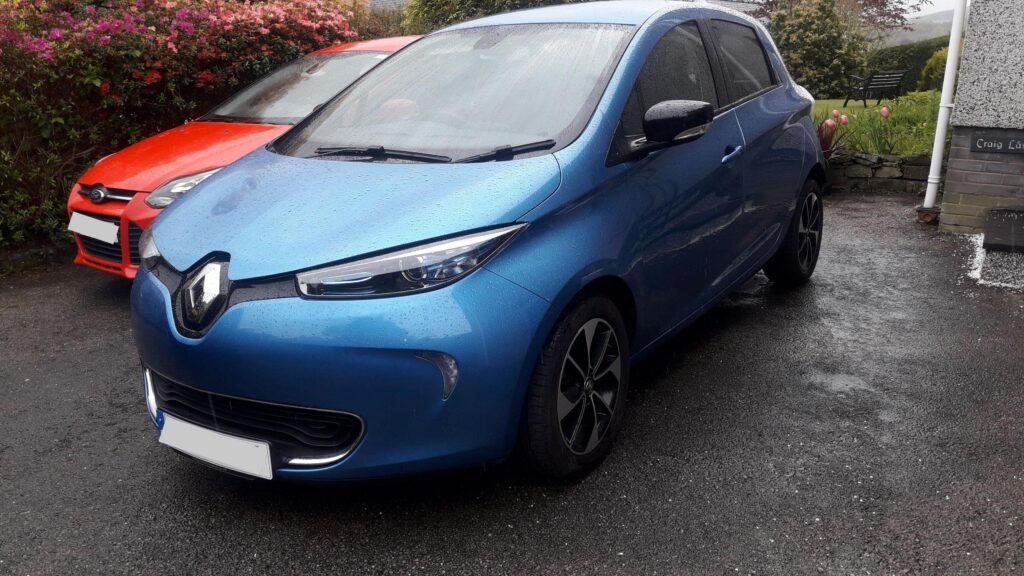 Renault Zoe R90 Dynamic Nav 40kWh 2017, Charles - EV Owner Review