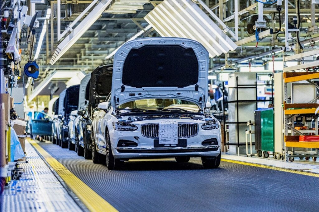 Volvo Cars is first car maker to explore fossil-free steel with SSAB