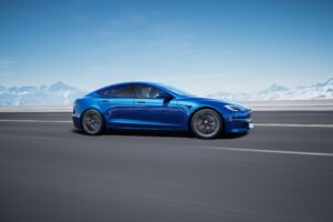 Tesla Model S - Electric Road Review