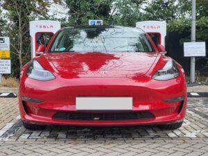 Tesla Model 3 AWD Long Range 2019, Sam - EV Owner Review