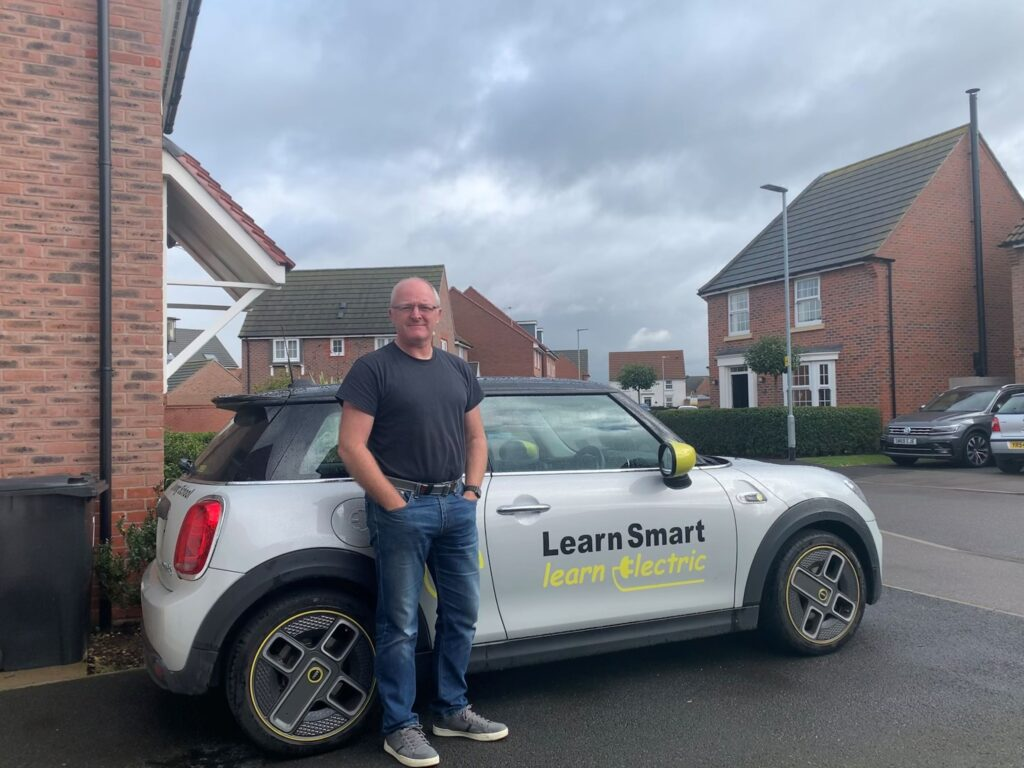 Mini Electric SE 2020, Mike - EV Owner Review